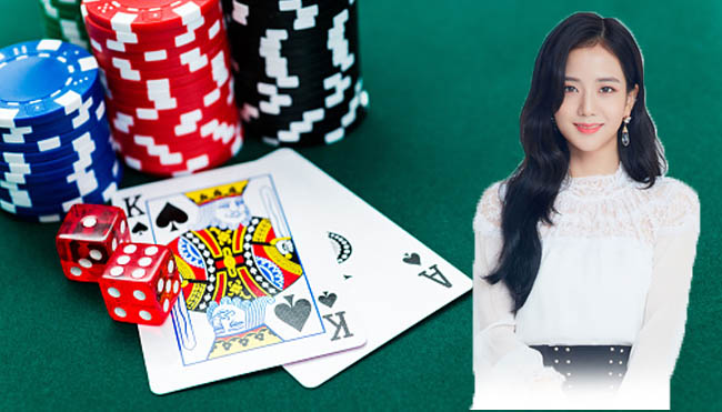 Understand the Advantages and Disadvantages of Playing Poker Online